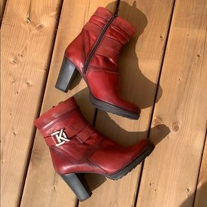 ❤️ Dorking Red Leather Winter Heeled Boots, size 7